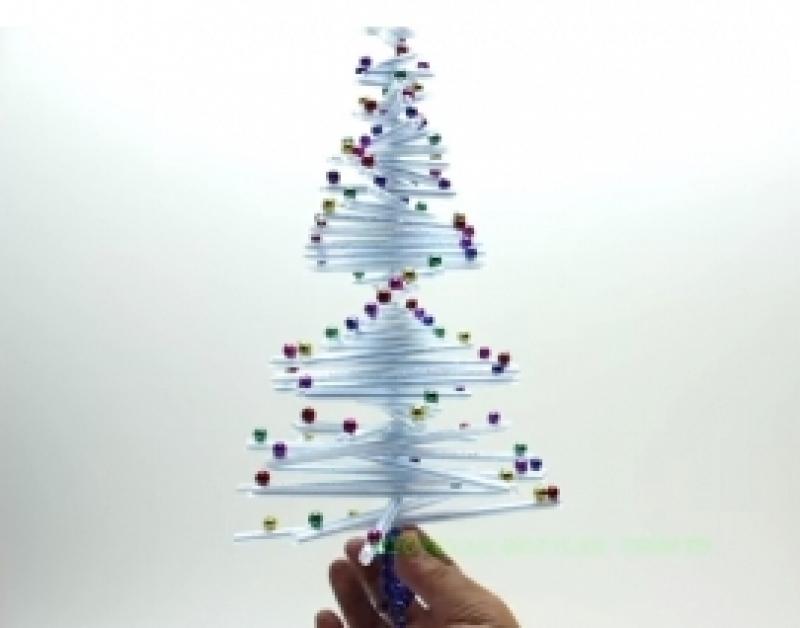 Jõulupuukujuline jõuluehe