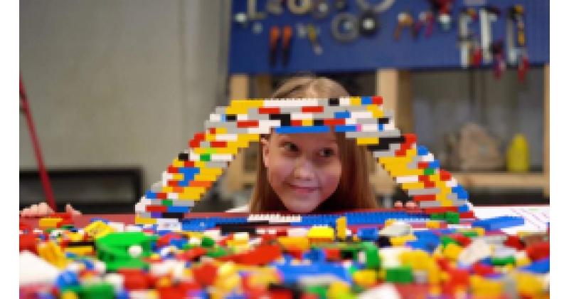 Kuidas ehitada LEGOdest silda, mis kannab vaat et kõike?
